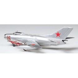 1/100 Scale MiG-19 Farmer-E
