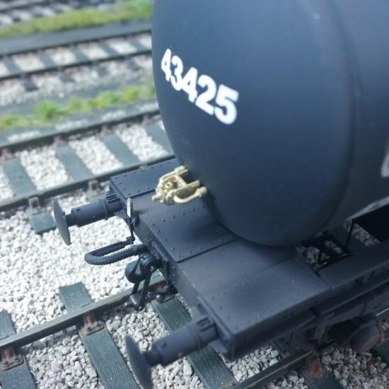Heljan B tank detai pipe detail  kit