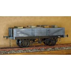 Ex Just Like The Real Thing NSR 10 ton 3 plank O gauge wagon kit